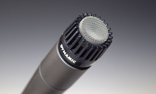 The 5 Best Dynamic Microphones For Home Recording Studios (Under $500)