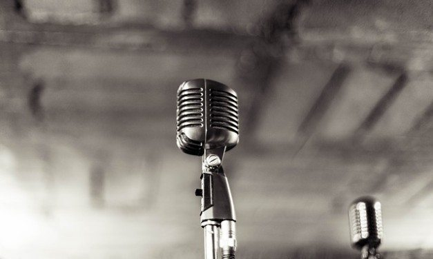 The 7 Best Ribbon Microphones For Home Studio Recording (Under $1,000)