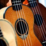 7 Best Acoustic Guitars (From $500 to $1,000)